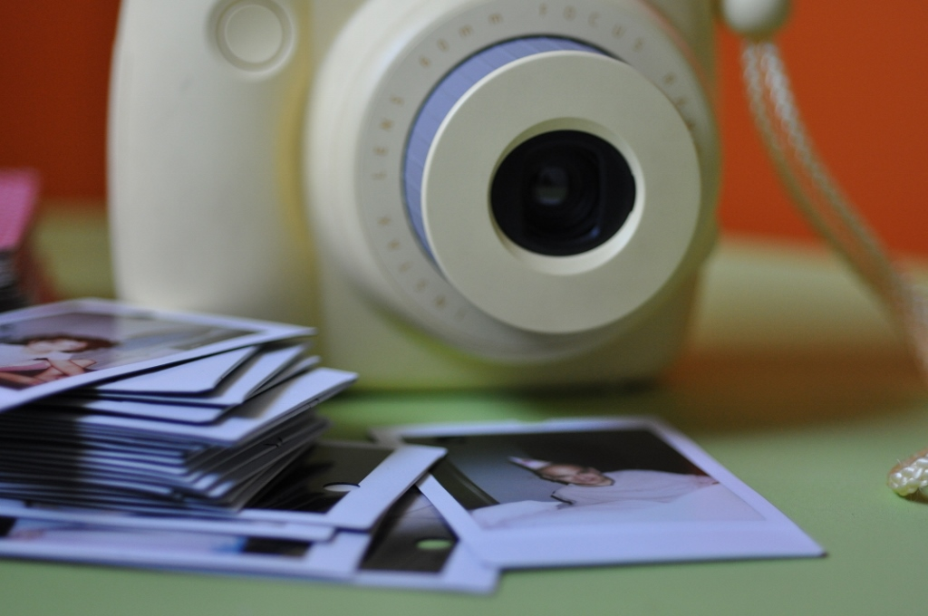 how to use the instax mini 8